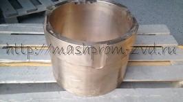 Втулка цилиндрическая верхняя КМД 1200 ч. 3-212493-01